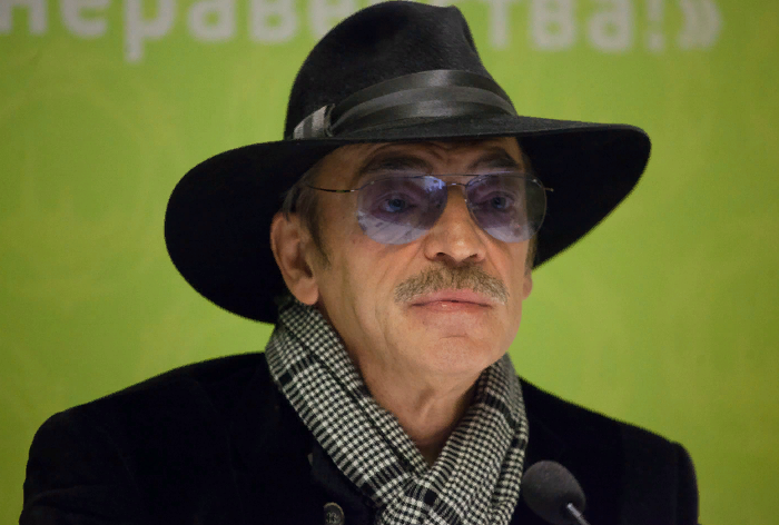 Михаил Боярский требует компенсацию за то, что чуть не погиб