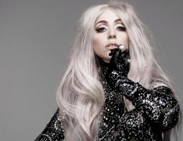 Леди Гага попала в больницу
