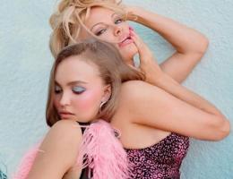 Дочь Джонни Деппа опозорилась в откровенной фотосессии с Памелой Андерсон