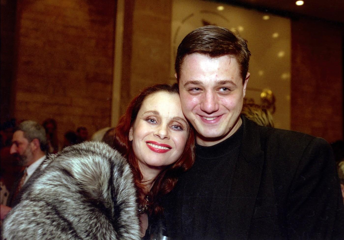 6 российских знаменитостей, которые отказались от своих детей