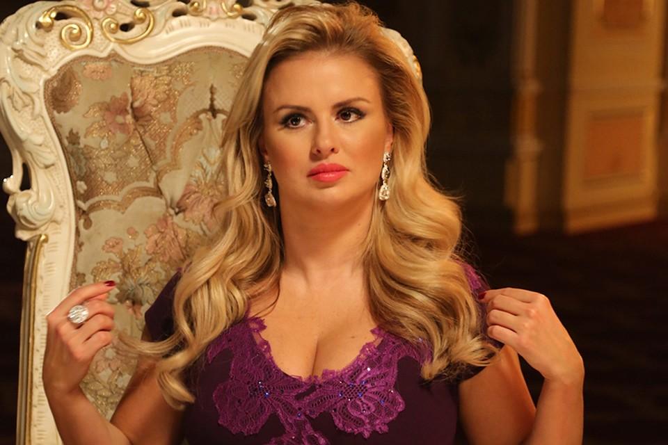 Анна Семенович: в каких апартаментах поселилась российская певица?