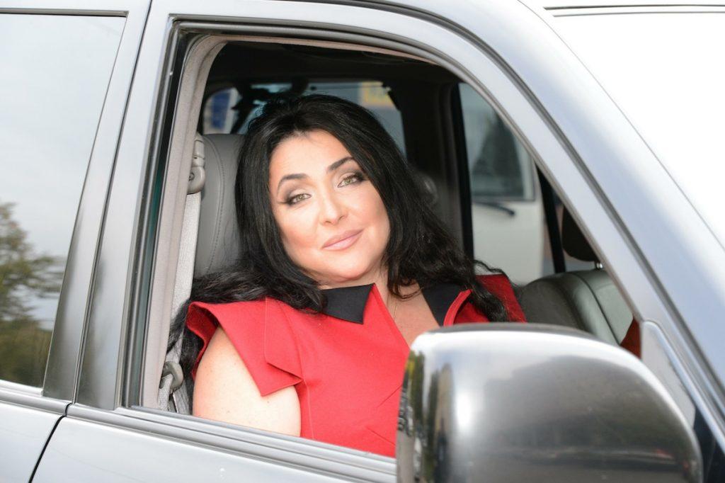 Лолита Милявская: на каких автомобилях ездит главная женщина страны без комплексов?