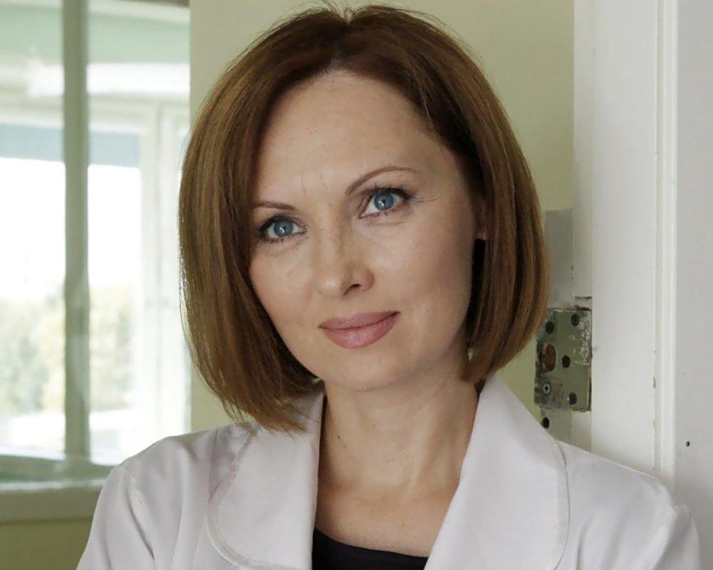 Непростая судьба Елены Ксенофонтовой: творческие успехи, борьба со страшной болезнью и настоящая война с бывшим мужем