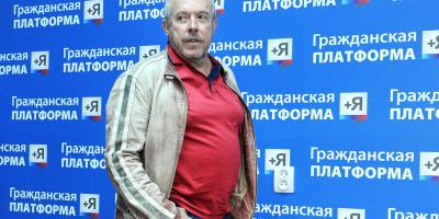 Андрей Макаревич не может успокоиться и предлагает новые изменения, связанные с Крымом