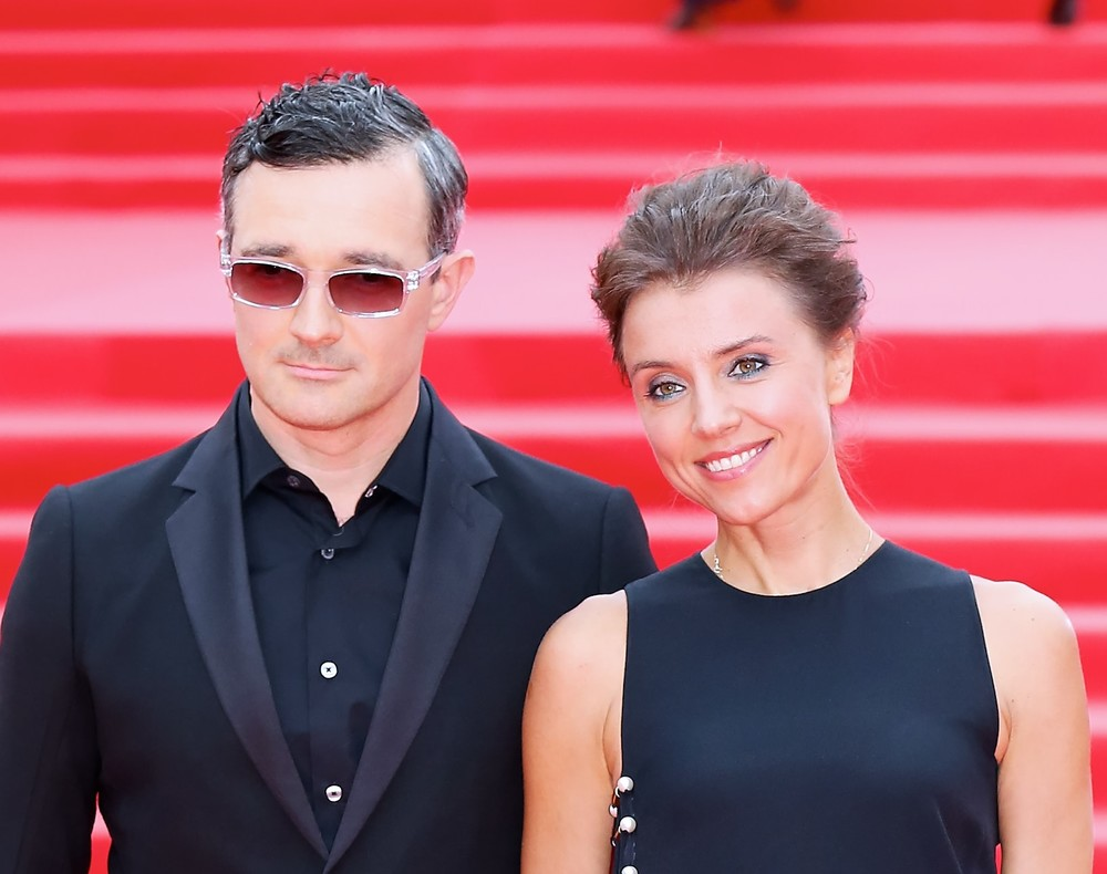 Семейная идиллия Егора Бероева и Ксении Алферовой, и неприятные слухи об их любимой дочери