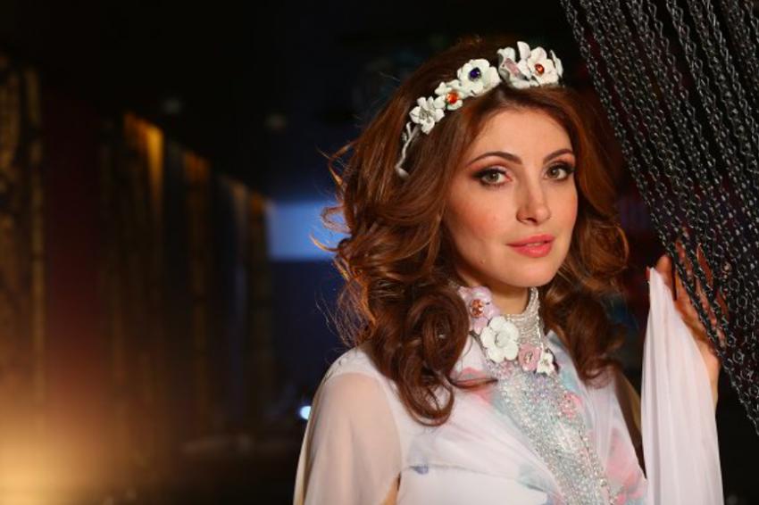 5 российских звезд, которые не ладят со своими свекровями