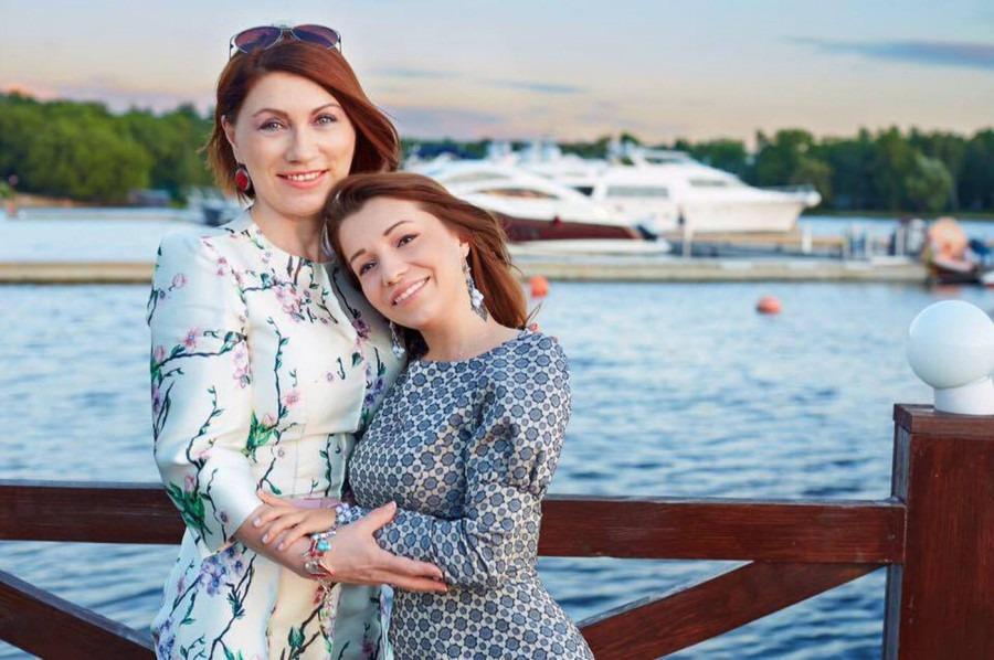 Какие профессии выбрали дети известных российских звезд?
