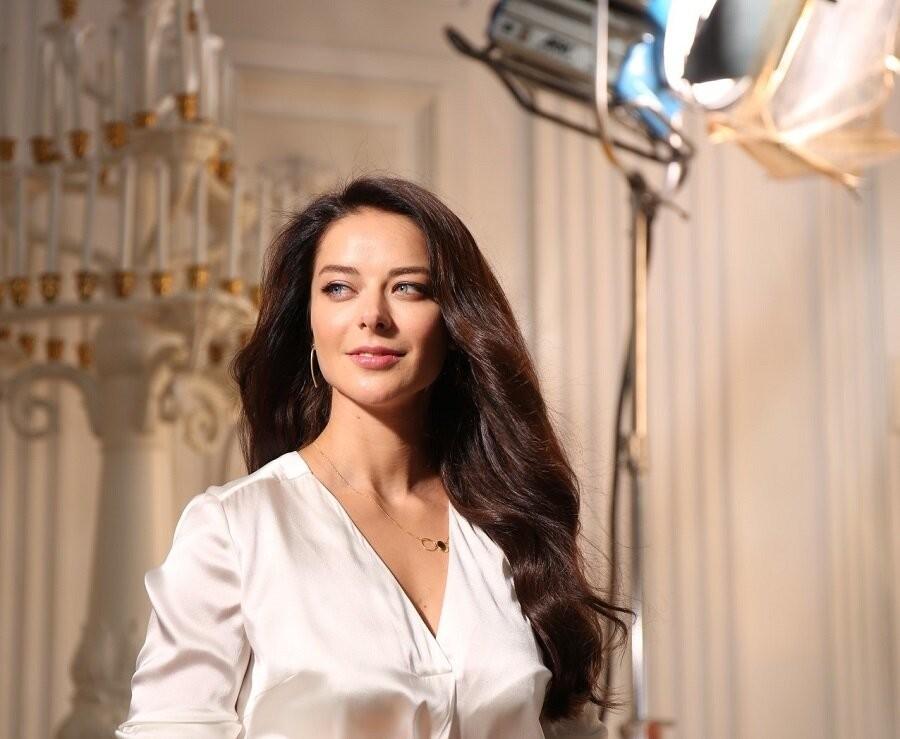 Какие гонорары получают российские актеры и кто является самым высокооплачиваемым артистом в нашей стране