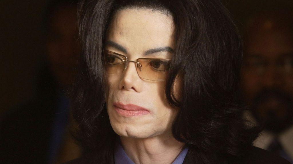 Зачем Майклу Джексону нужна была пластика, и какой бы была его жизнь без нее?