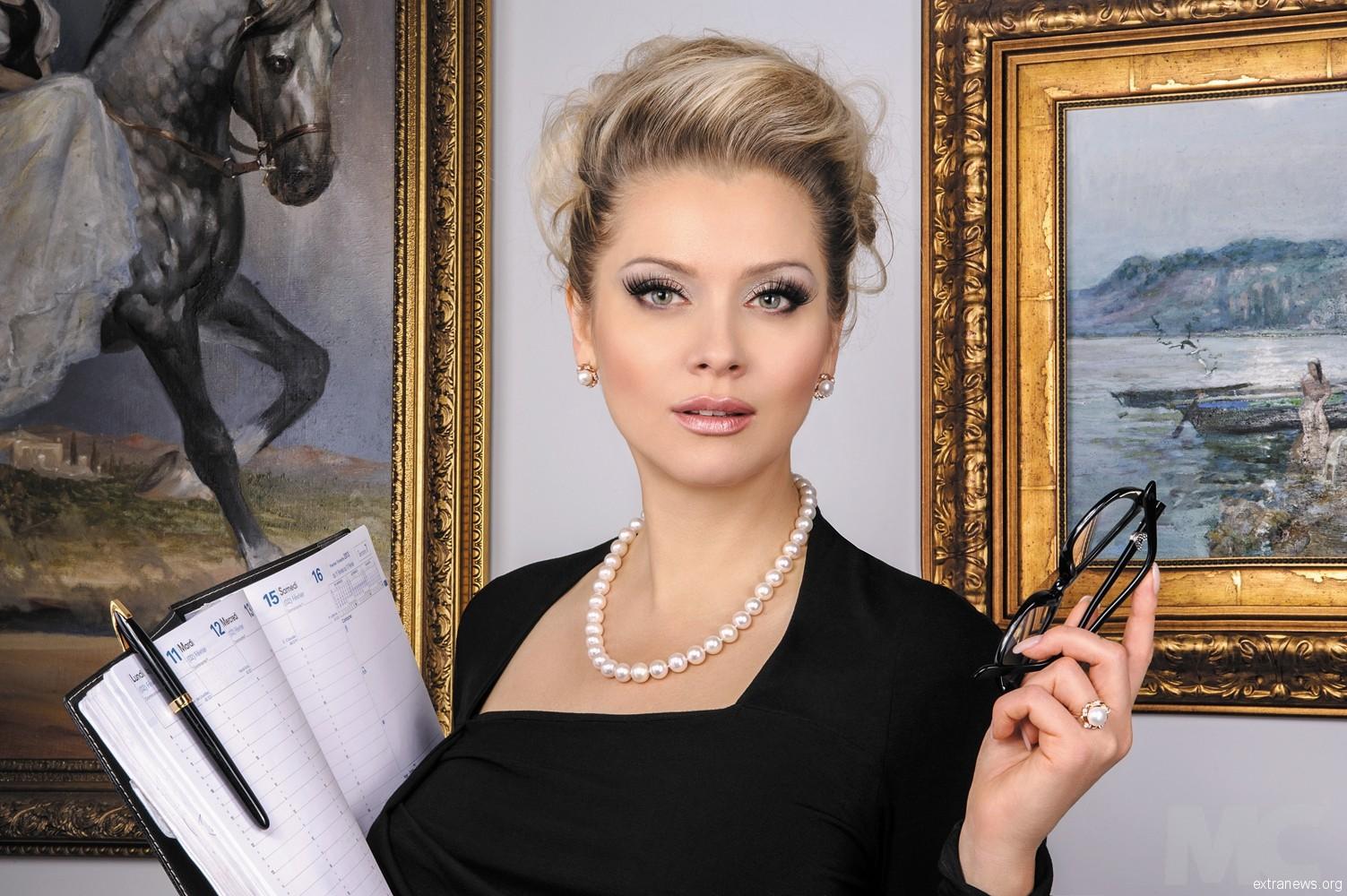 Лена Ленина и ее неподражаемые образы: как российская светская львица покоряет европейские кинофестивали